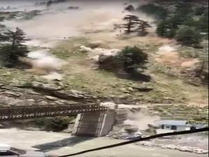 Landslide in himachal: ਹਿਮਾਚਲ ਪ੍ਰਦੇਸ਼ ਦੇ ਕਿੰਨੌਰ ਜ਼ਿਲ੍ਹੇ 'ਚ ਜ਼ਮੀਨ ਖਿਸਕਣ ਕਾਰਨ 9 ਯਾਤਰੀਆਂ ਦੀ ਮੌਤ