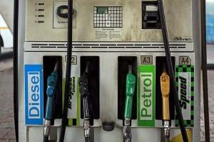 Petrol Diesel Price: ਪੈਟਰੋਲ-ਡੀਜ਼ਲ ਦੀਆਂ ਕੀਮਤਾਂ ਅੱਜ ਫਿਰ ਵਧੀਆਂ, ਜਾਣੋ ਤੁਹਾਡੇ ਸ਼ਹਿਰ 'ਚ ਕਿੰਨੀ ਹੈ ਕੀਮਤ